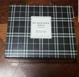 Burberry Perfume (2 pcs. Of 30ml)