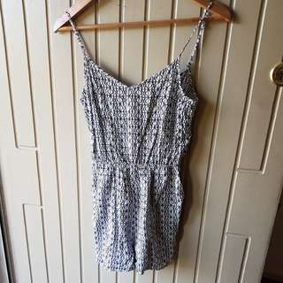 H&M geo playsuit