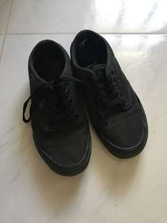 Vans Used Black Shoes