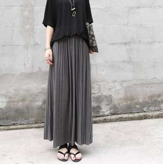 Solid Coloured Pleated Designed Korean Style Long Skirt