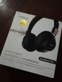 Bluetooth/Wireless Headphones