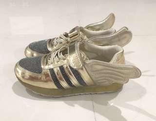 Used Boy Shoes (size 31)
