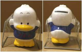 Sanrio Ahiru No Pekkle 鴨仔 人形陶瓷盪鞦韆儲金箱 (全新未用過) 4.5 吋高 (** 只限北角地鐵站交收 **)
