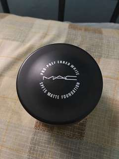 Mac 2n1 Matte Foundation