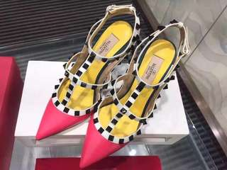 To clear ! Valentino Rockstud Heels in pink Colour block IT37