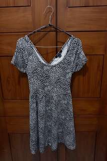 Forever 21 - Leopard Printed Dress with back details
