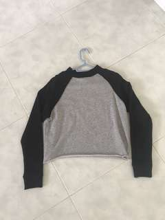H&M Cropped Pullover