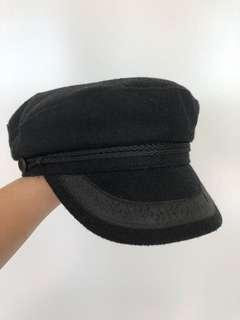 Dotti Black Fiddler Cap