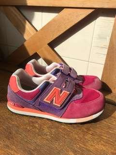 New Balance kids Shoes US4