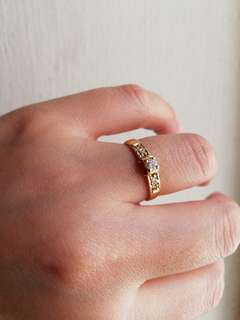 14k 2.3g Diamond ring