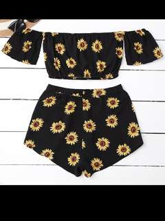 Set crop top off shoulder sabrina + celana pendek motif size S M L XL