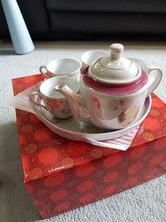 Chinese Wedding Teapot Set