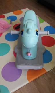 Rocking Horse with songs in Mandarin