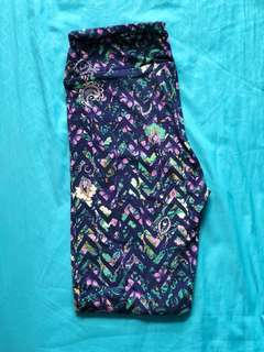 Lularoe OS Leggings - Paisley Abstract Chevron Floral