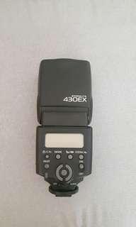 Canon 430 ex speedlite