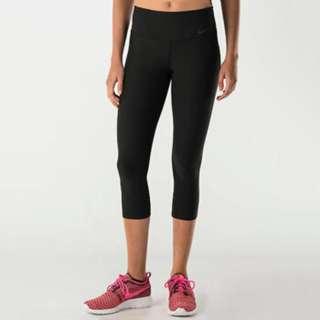 BNWT Nike Power Women's Dri-FIT Capri Tights (Black)
