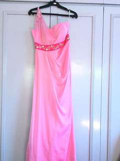 Pink gown with embellishments and pouch (PLS READ DESCRIPTION)