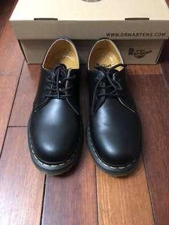 Dr . Martens 1461 三孔 馬丁鞋 非plain me goopi nike