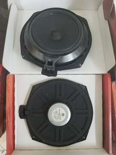 BMW 523i 2007 Original sub woofer & speaker