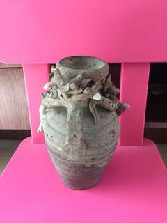 Restored dragon pottery vase