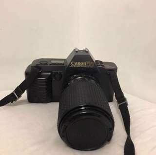 Vintage CANON T70 Camera