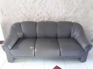 3-1-1 seater gray sofa set