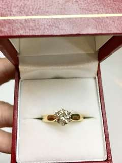 Diamond Ring.💍 1.00ct. 18K 750. Australian design & purchased. Certificate of purchased. Estimated H/I color. 🔥Crazy Sale🔥No Bargain
