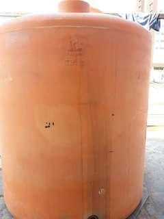 Toren air uk 1000 liter merek pinguin