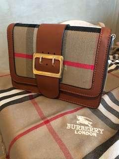 Burberry style  handbag