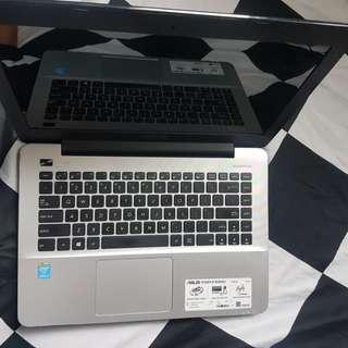 Asus laptop Intel Core i3