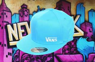 VANS FITTED CAP - LGE/XL - NEW