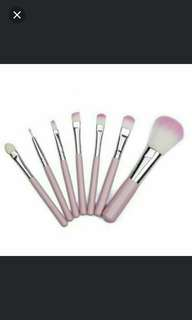 Brand New 7pcs Make Up Brush Set. Pink Color. Price Include postage