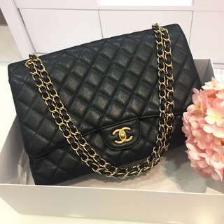 ⛔️RESERVED⛔️ Chanel Maxi Single Flap in Black Caviar GHW