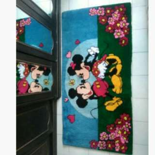 Carpet knitting mickey n minnie hand made
