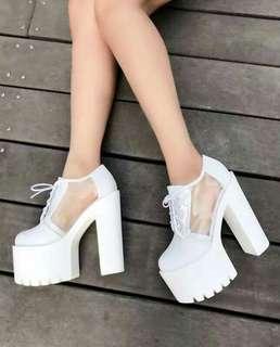 #預購 #女鞋 新款厚底恨天高粗跟15公分女鞋 575元/雙 顏色👉黑、白 尺碼👉34-38