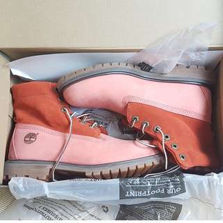 Brand New In Box Timberland Women's Pink Boots US6.5, UK4.5, EU37.5