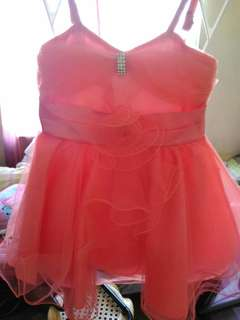 Gown small size