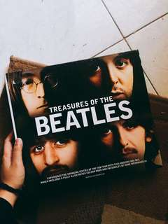 Treasures of The Beatles (Harcover Box Set)