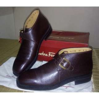 Salvatore Ferragamo Genuine Leather Brown Size 9