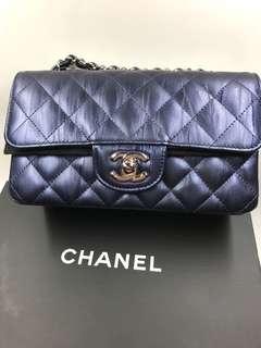 Chanel 熱賣A69900 20cm 季節限定版 Painting Leather 營光蓝色 罕見全新購自巴黎保正真品