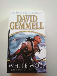 BN White Wolf by David Gemmell