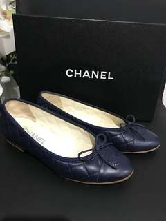 Chanel flats size 37.5 RRP$930