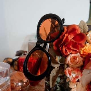 Retro Sunglasses - Macro Red Film