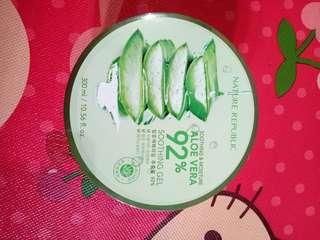 Aloe vera soothing gel 92% ORI