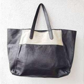 HASH SHOULDER BAG