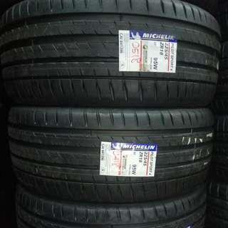 Michelin Pilot Sport 4 225/45/18 Brand New 2018 Tires