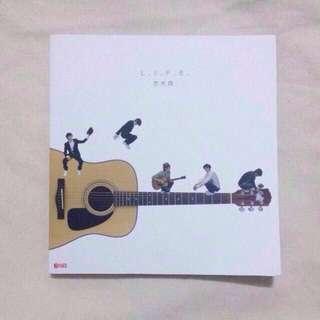 L.I.F.E 方大同 Khalil Fong Photobook