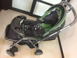只有用過一次全新的嬰兒推車3990(連包膜還在