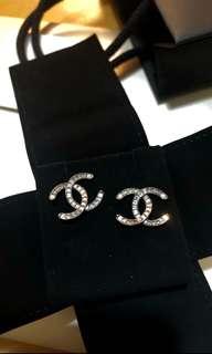 Chanel earrings 耳環 雙C閃石