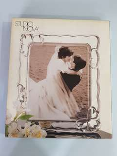 Elegant clear glass photo frame